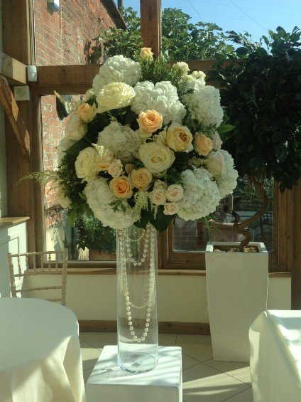 Summer Wedding Flowers, Gaynes Park, Sweet Pea London,