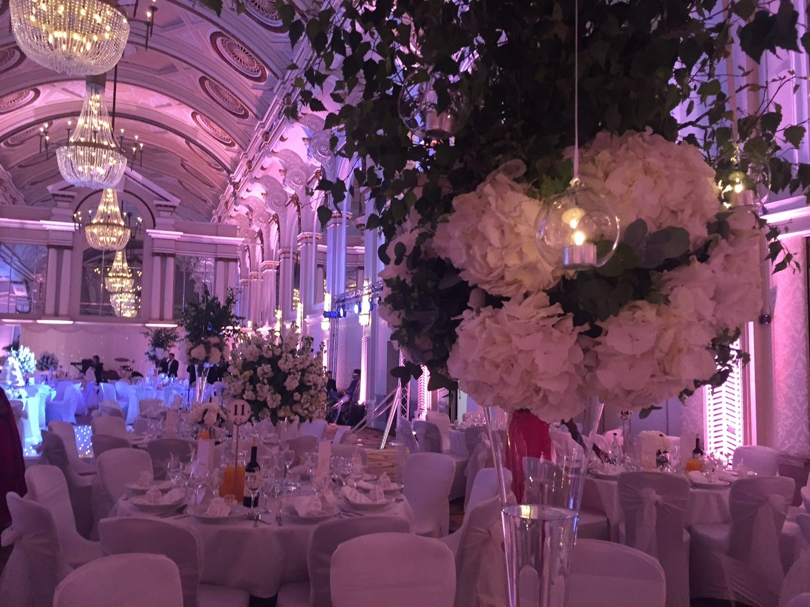 wedding flowers at the Grand Connaught