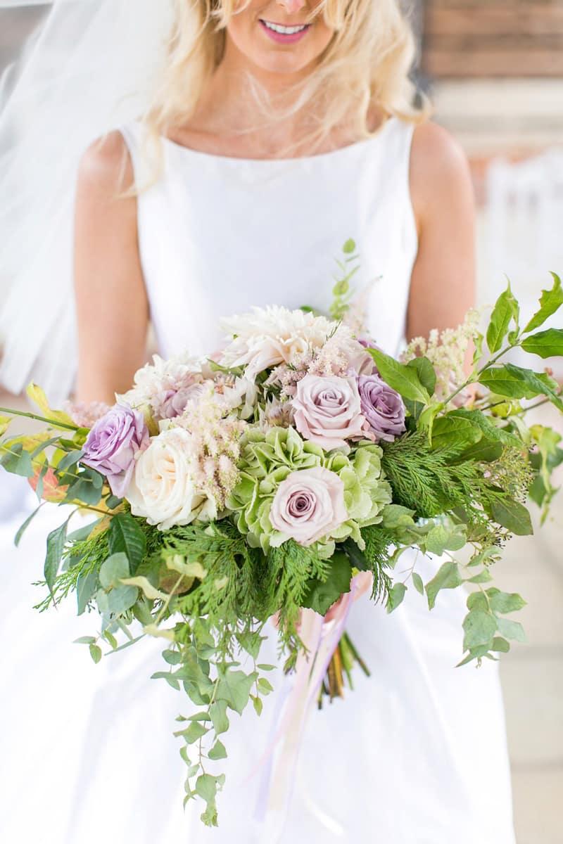 Wedding flowers bride florist bouquet