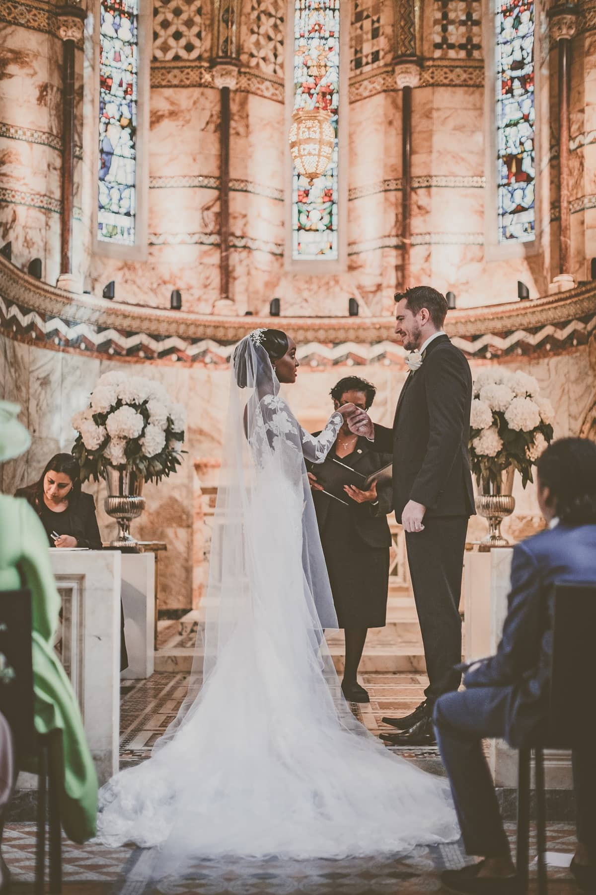 Pronovias-bride-modern-London-wedding-13