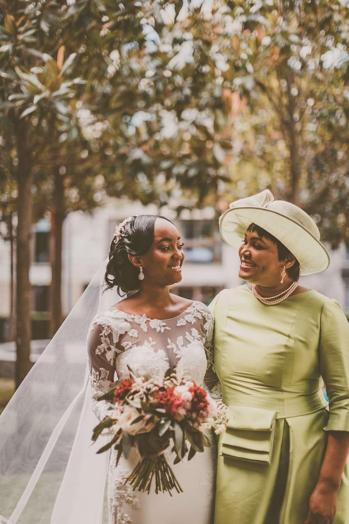 Pronovias-bride-modern-London-wedding-21