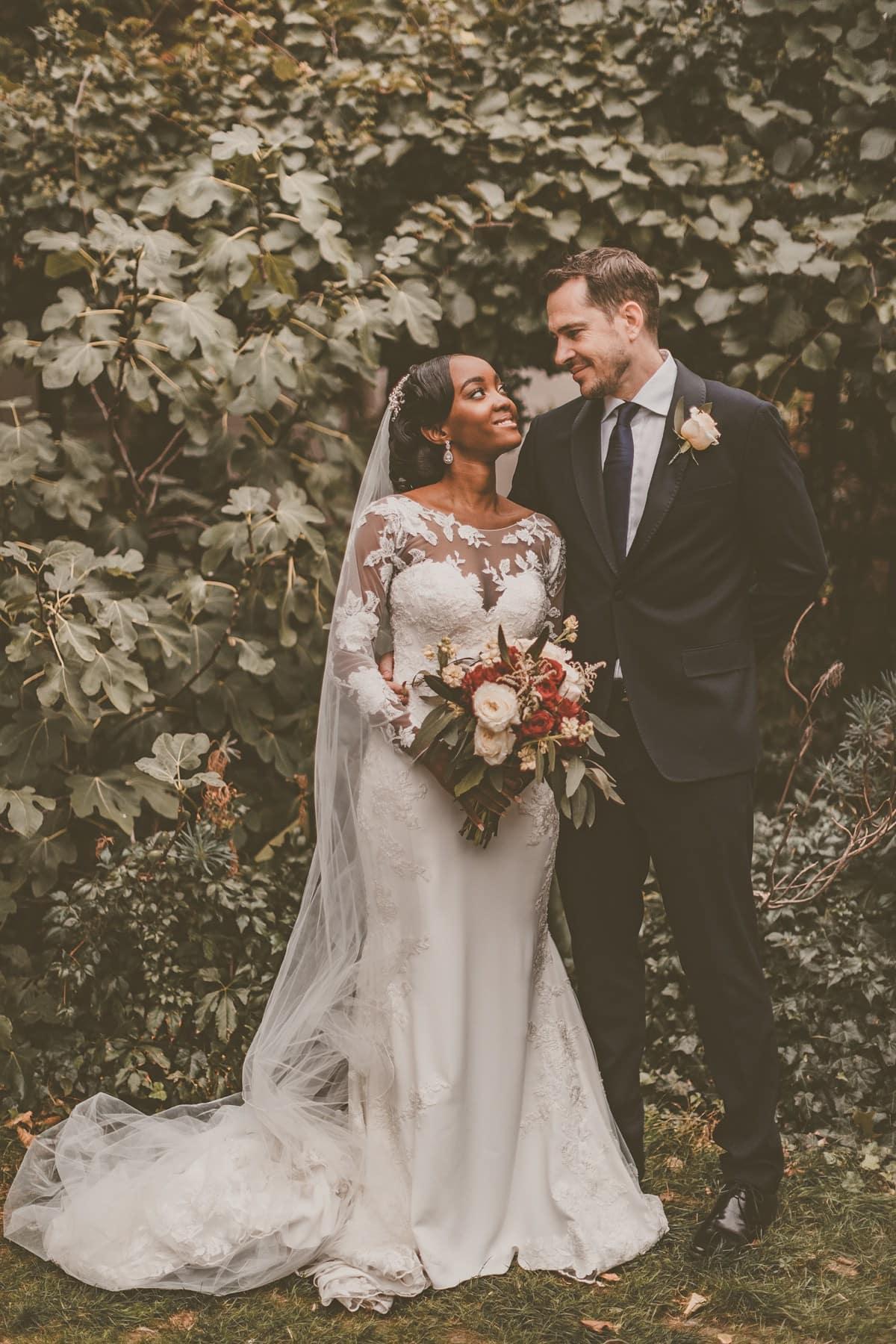Pronovias-bride-modern-London-wedding-39